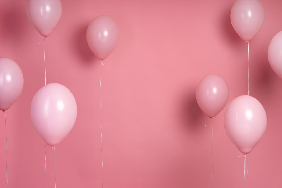arrangement-pink-balloons-with-copy-space.jpg